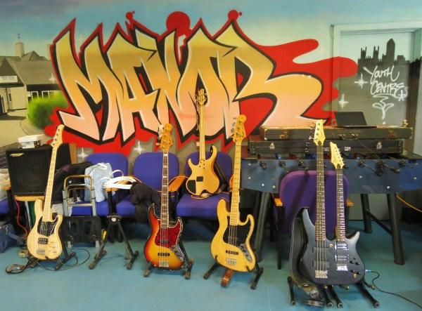 Bass parade_01